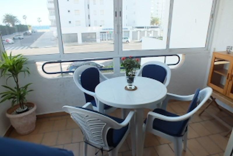 Location vacances appartement Roses santa-margarita 320€ - Photo 2