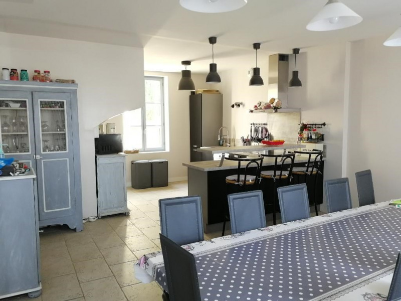 Sale house / villa Chateau renault 324 950€ - Picture 2