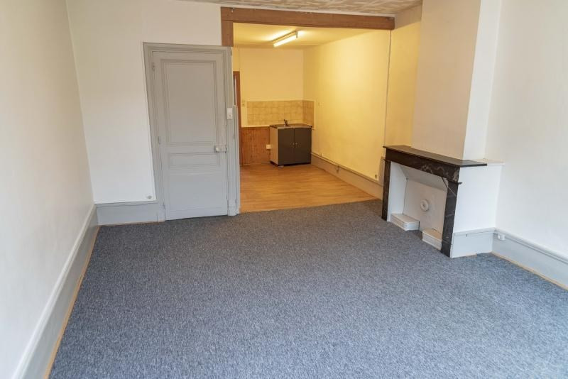 Location appartement Nantua 325€ CC - Photo 2