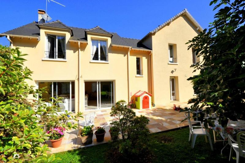 Sale house / villa Limours 640000€ - Picture 1
