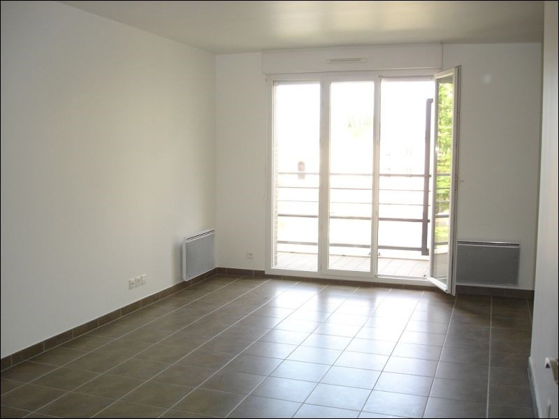 Rental apartment Viry chatillon 1111€ CC - Picture 2