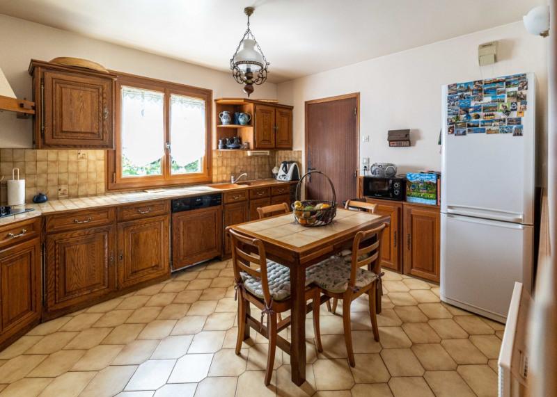 Sale house / villa Mennecy 352000€ - Picture 8
