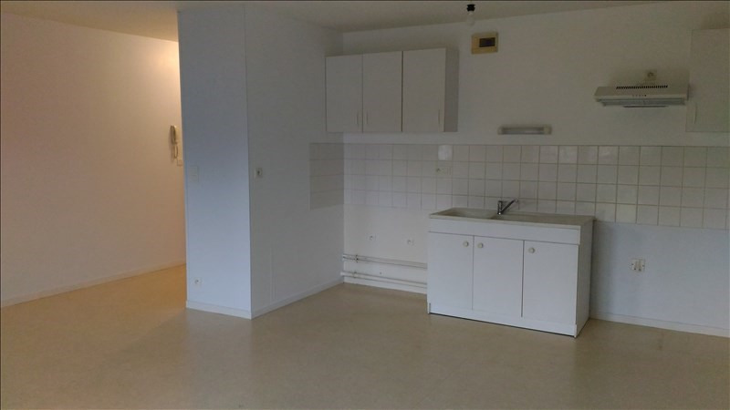 Location appartement Janze 538€ CC - Photo 2