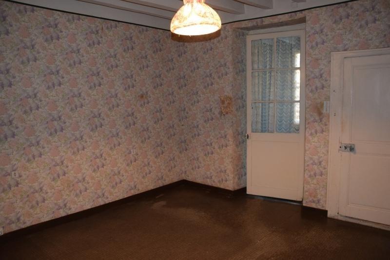 Vente maison / villa Montsurs 33500€ - Photo 4