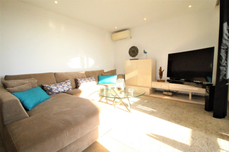 Vacation rental apartment Le cannet 565€ - Picture 4
