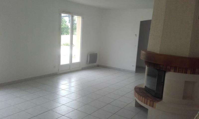 Sale house / villa Barbezieux-saint-hilaire 141000€ - Picture 3
