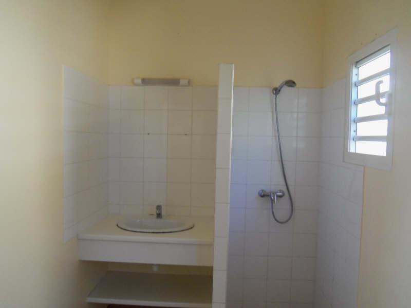 Rental apartment St francois 1100€ CC - Picture 8