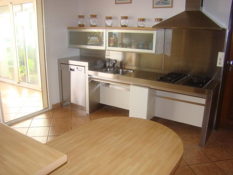Rental house / villa La possession 2890€ CC - Picture 5