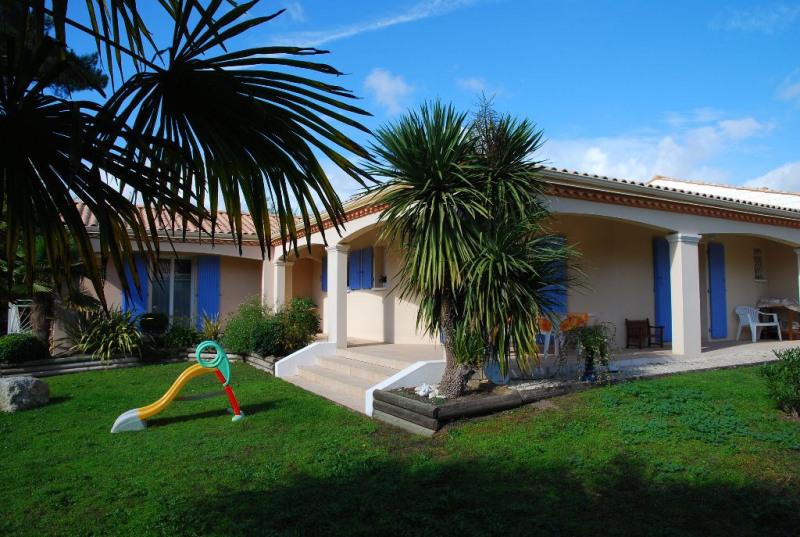 Sale house / villa Les mathes 480000€ - Picture 1