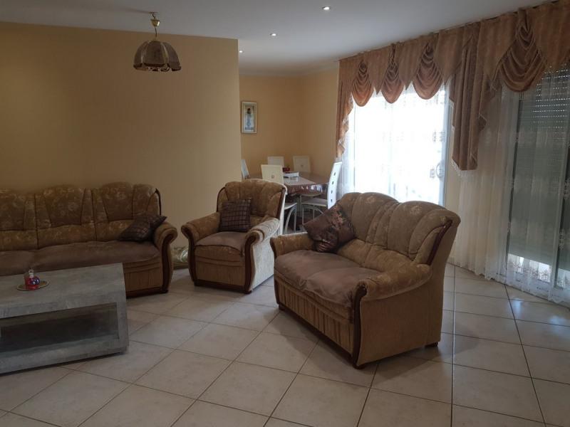 Sale house / villa Beaurepaire 440000€ - Picture 5