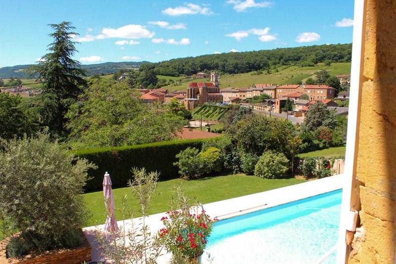 Deluxe sale house / villa Cogny 740000€ - Picture 3