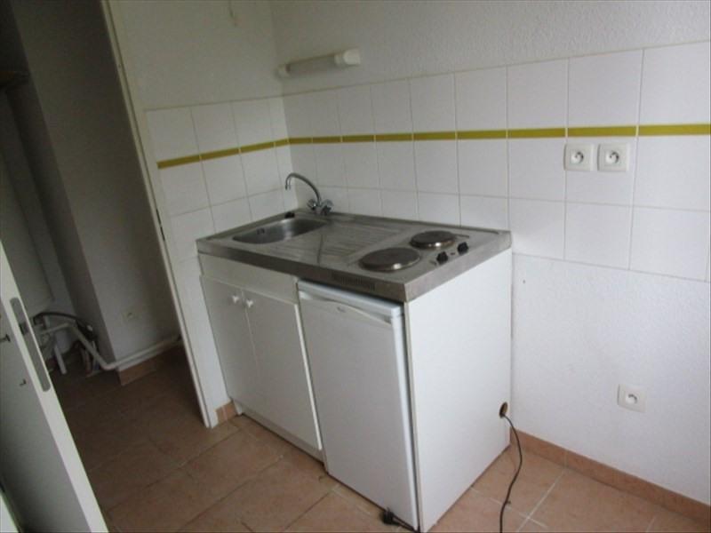 Rental apartment Berriac 360€ CC - Picture 2