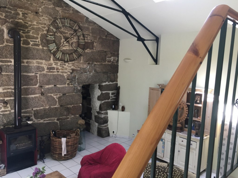 Sale house / villa Plounevez quintin 140000€ - Picture 4