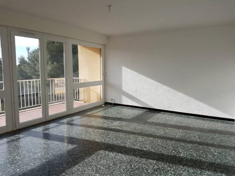 Rental apartment Villeneuve-les-avignon 790€ CC - Picture 1
