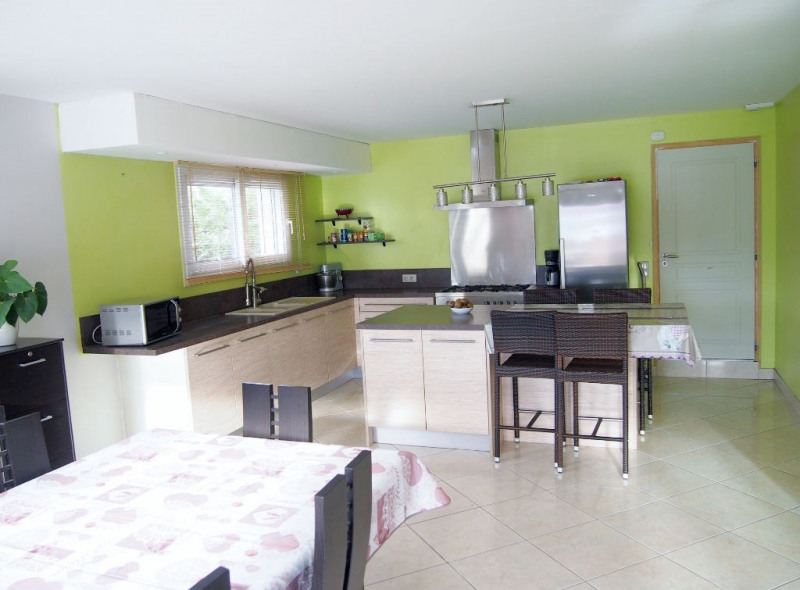 Sale house / villa La tour du pin 269 000€ - Picture 3