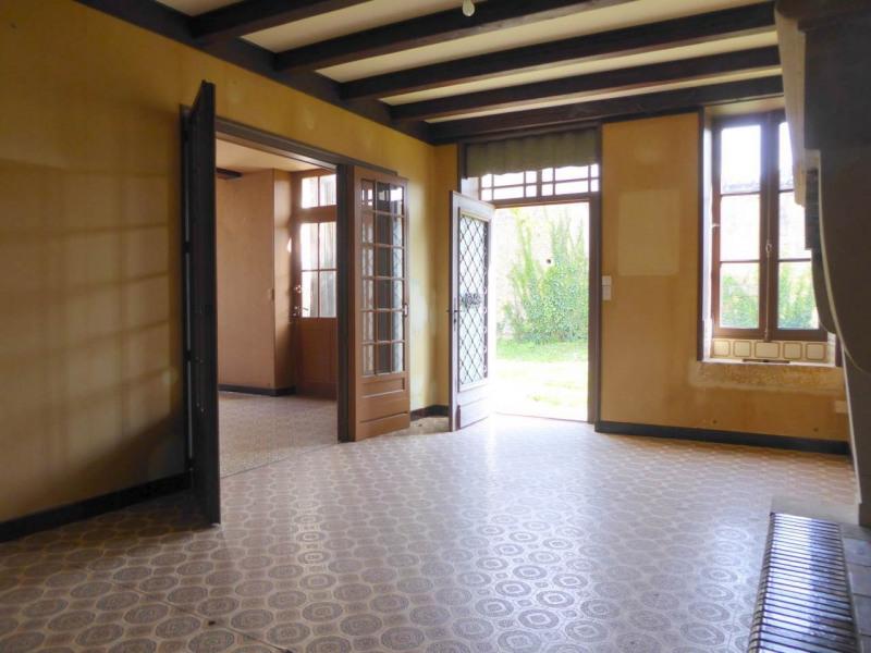 Sale house / villa Cherves-richemont 96750€ - Picture 4