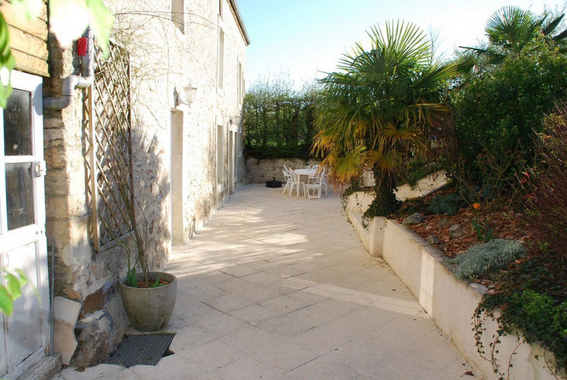 Vente maison / villa Bons tassilly 259 000€ - Photo 1