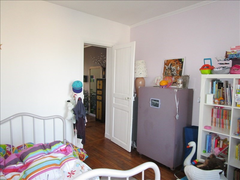 Sale apartment Versailles 300000€ - Picture 9