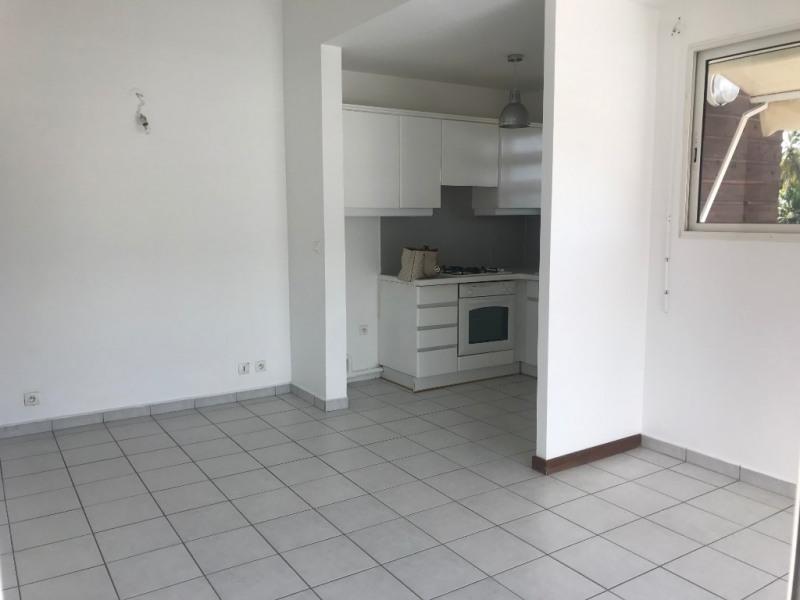 Rental apartment Le gosier 650€ CC - Picture 1