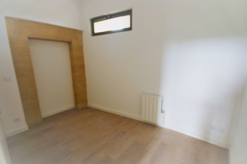 Rental apartment Meyrargues 1 176€ CC - Picture 5