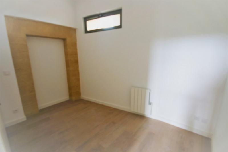Rental apartment Meyrargues 1176€ CC - Picture 5