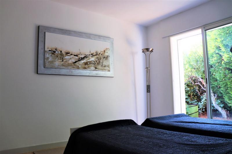 Vacation rental house / villa Cavalaire sur mer 4800€ - Picture 17