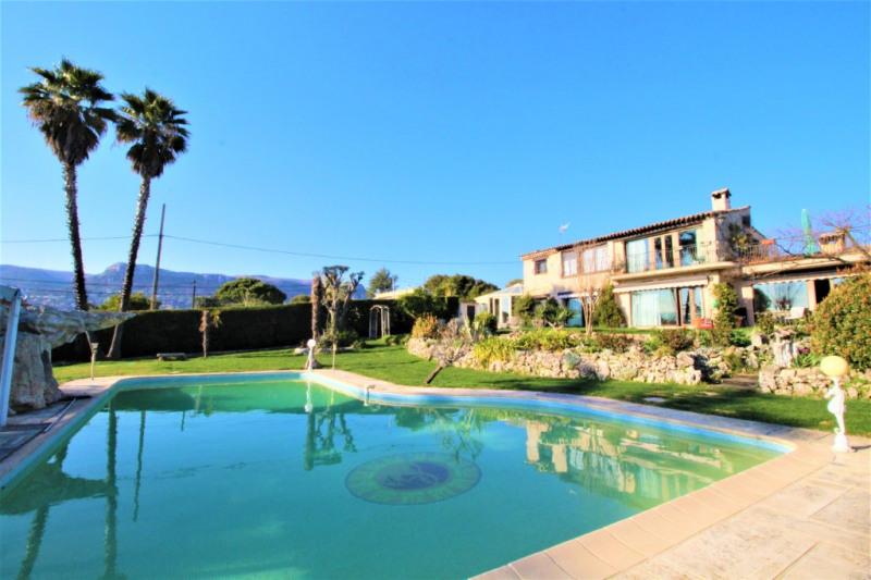 Deluxe sale house / villa Vence 1879000€ - Picture 1