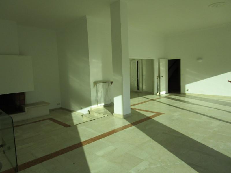 Sale house / villa L etang la ville 978000€ - Picture 2