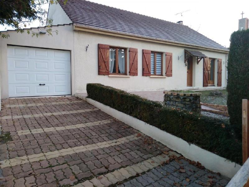 Sale house / villa Bernes sur oise 299250€ - Picture 2