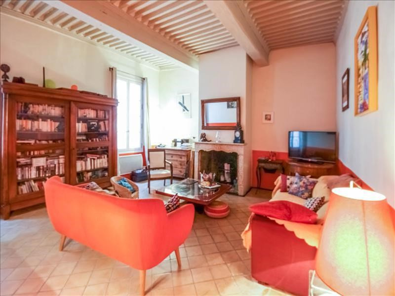 Sale house / villa Lambesc 395000€ - Picture 1
