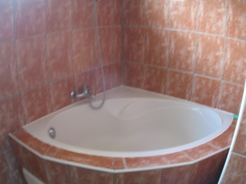 Rental house / villa La possession 806€ CC - Picture 7