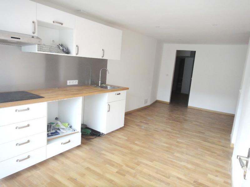 Location appartement Rians 462€ CC - Photo 1