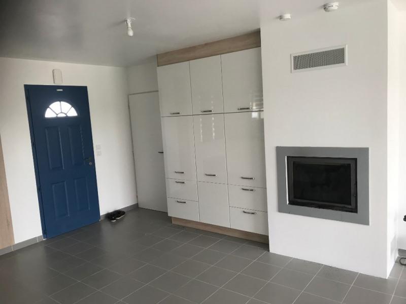 Sale house / villa Charron 233500€ - Picture 4