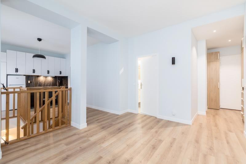 Sale apartment Paris 11ème 649000€ - Picture 2
