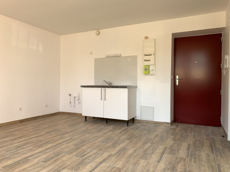 Rental apartment Montlhéry 695€ CC - Picture 1