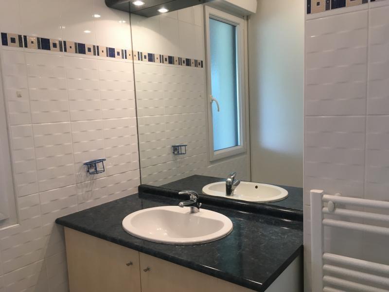 Sale apartment Chateau d'olonne 222000€ - Picture 3