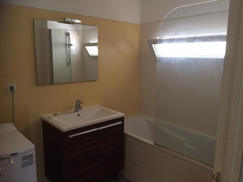 Rental apartment Saint paul 835€ CC - Picture 7