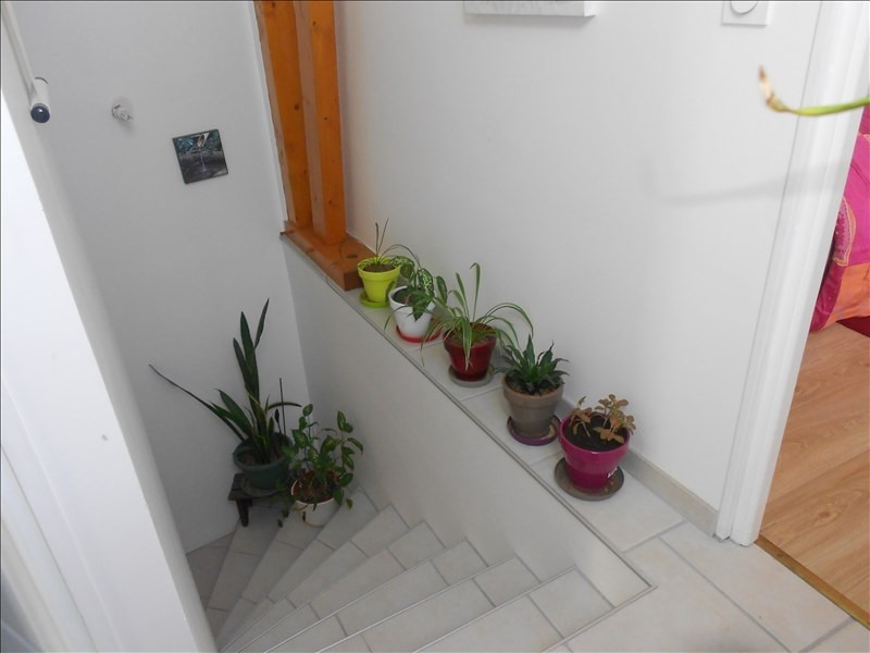 Location maison / villa Sainte colombe 715€ CC - Photo 6