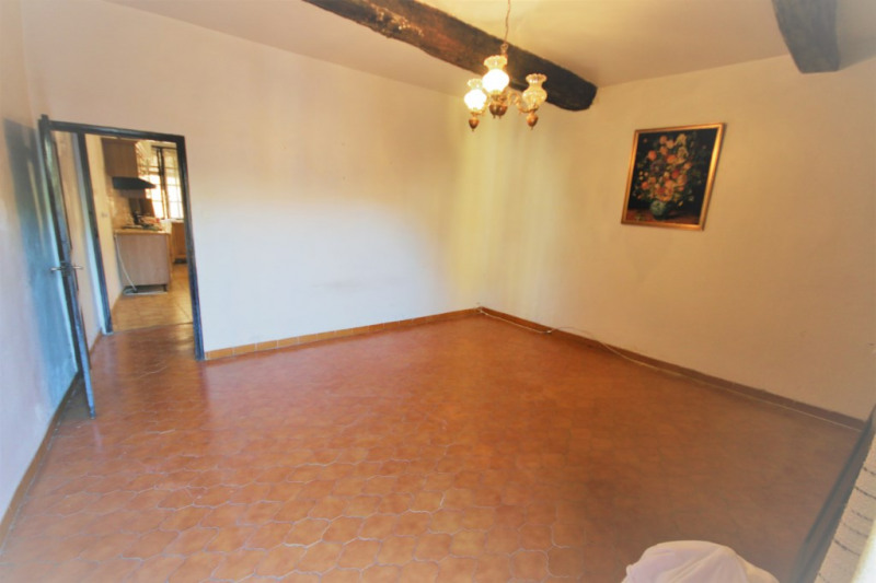 Sale house / villa Meyrargues 283 500€ - Picture 2