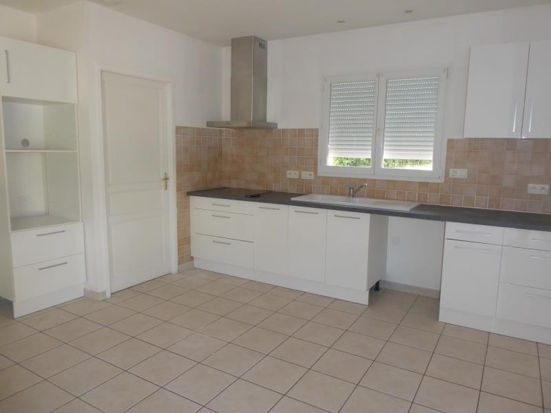 Rental house / villa St nauphary 910€ CC - Picture 2