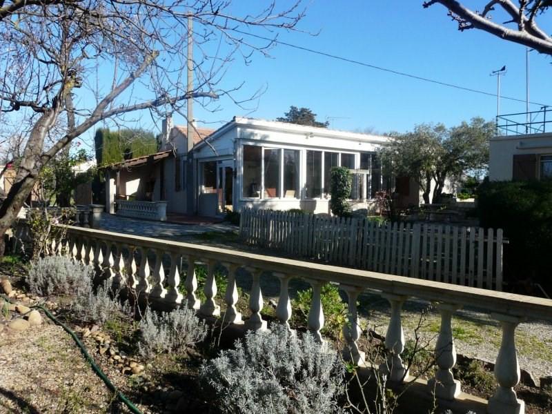 Sale house / villa Arles 335000€ - Picture 1