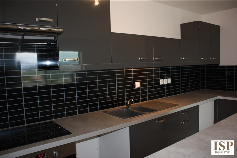 Rental apartment Aix en provence 1076€ CC - Picture 3