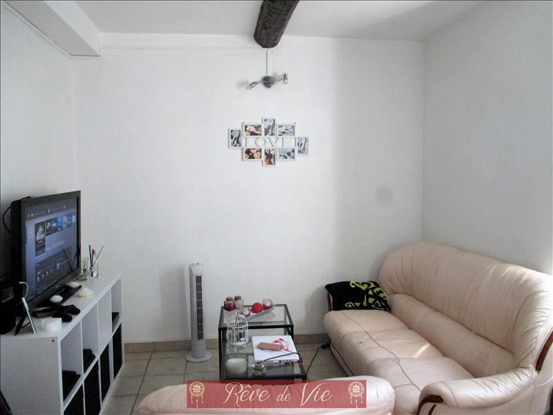 Sale apartment Bormes les mimosas 143 000€ - Picture 2
