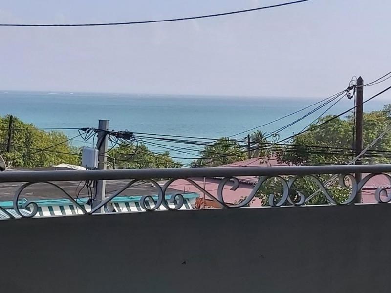Villa de 10 pièces a st rose avec vue mer imprenable