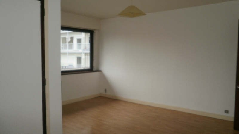 Rental apartment Pau 440€ CC - Picture 2