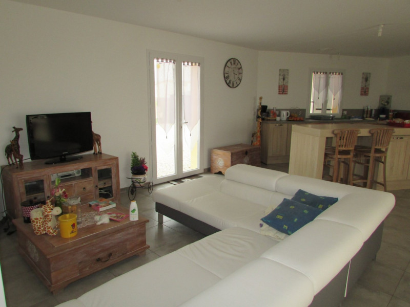 Sale house / villa Aigre 195000€ - Picture 14