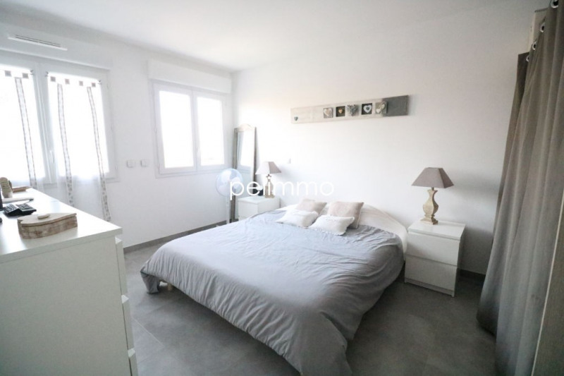 Vente maison / villa Salon de provence 315000€ - Photo 8