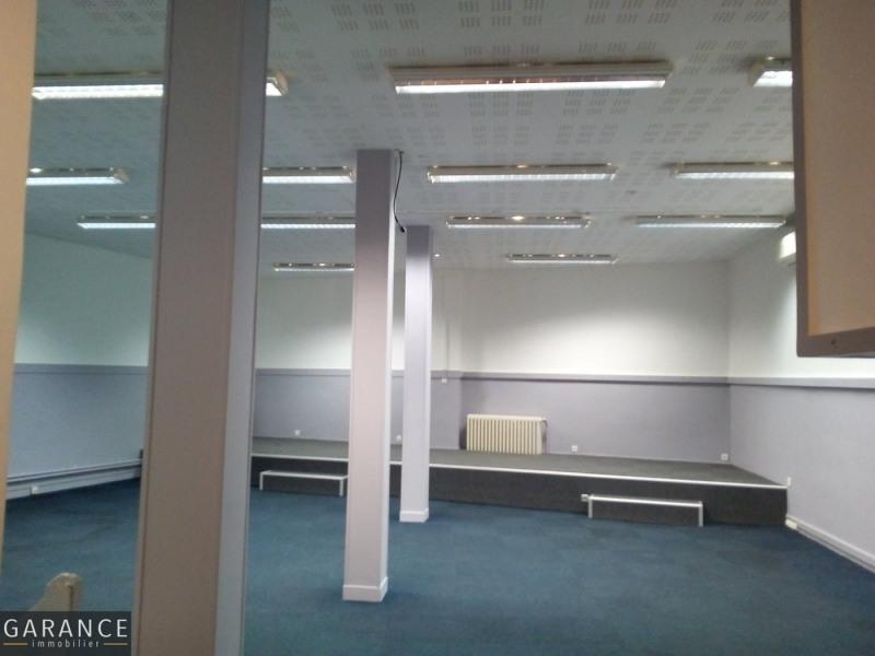 Sale empty room/storage Paris 15ème 1825000€ - Picture 3