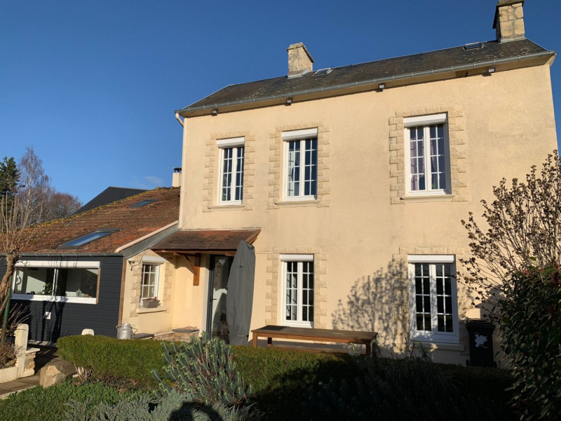 Sale house / villa Feuguerolles bully 222 000€ - Picture 1