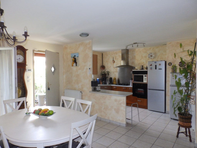 Sale house / villa Romans sur isere 249 000€ - Picture 2